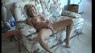 Dirty Talking Mature Milf Gets Fucked