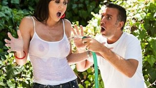 Sexy big-tit gardener Kendra Lust is fucked by her assistant
