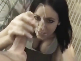 Amateur supermodel girlfriend doing the best blowjob