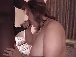 Fat slut payed to fuck in a hotel - by poliu