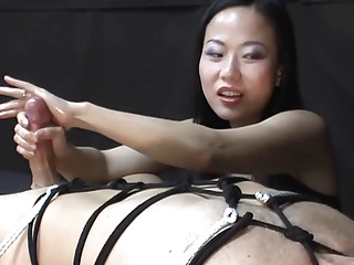 Afterwork orgasm with hand in pants 10