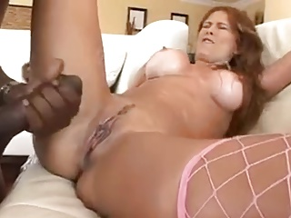 Milf vs big dick