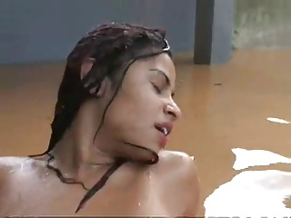 Indian girl fucks in the rain 55 min