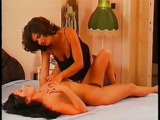 Lezione pi piano - starring angelica bella -  1997 - 2 of 2