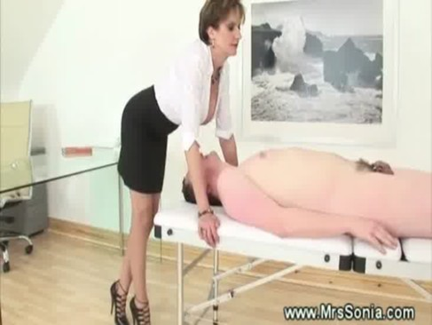 Domina rubbs her pussy on his face and tongue 7