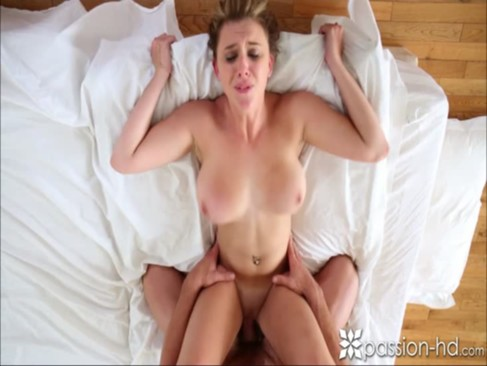Passion-HD Man comes home to his girlfrie ...