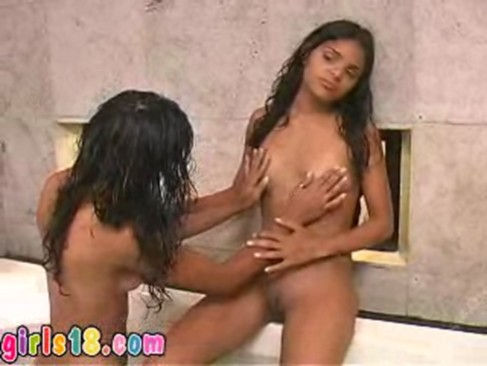 Real sisters masturbate together and go l ...