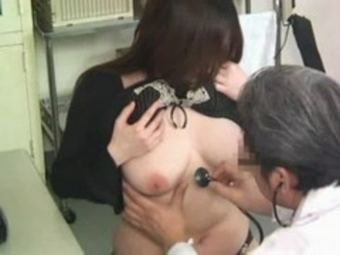 Exploited by her gynecologist 02