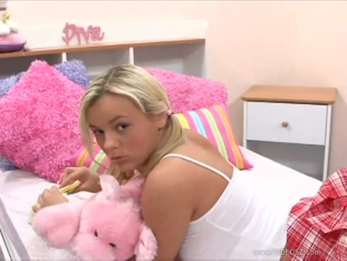 Teeny bopper club jesse alba 5