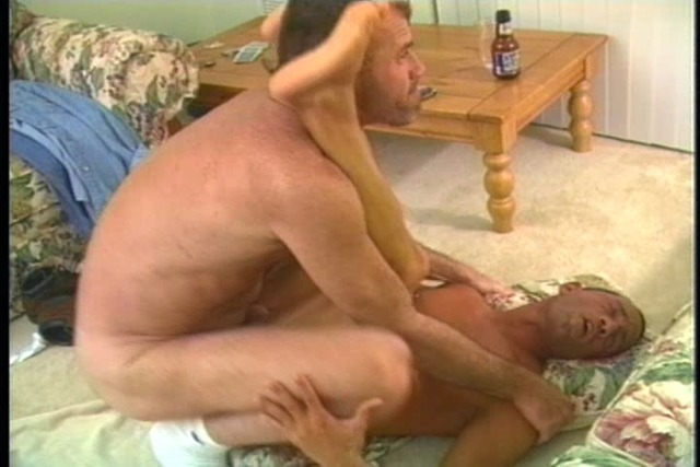 Mature-gangbanger-sticks-his-thick-cock-up-dude&amp-039-s-shit-