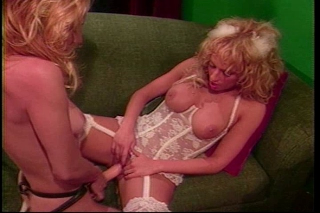 Devil-and-angel-cent-get-enough-of-each-other-in-lingerie