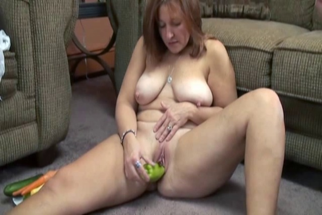 Curious-slut-tries-to-figure-out-which-vegetable-is-the-best-coc