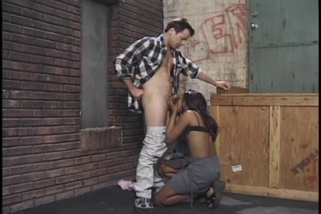 White-stud-fucks-ebony-teen&amp-039-s-butt-hole-in-alley-then-g