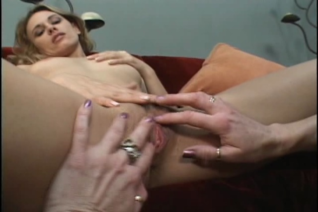 Mature-blonde&amp-039-s-pussy-licked-by-younger-blonde