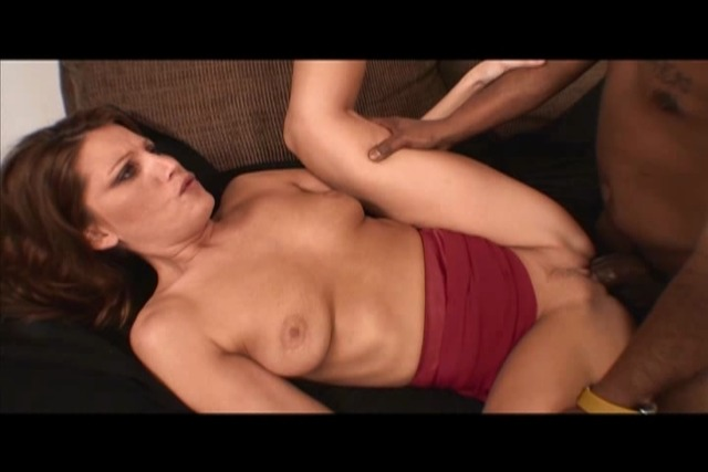 Shorty-Mac-seduced-by-his-white-girl&amp-039-s-female-parent