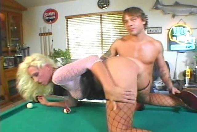 Hot-horny-couple-gets-fuck-after-playing-billiards