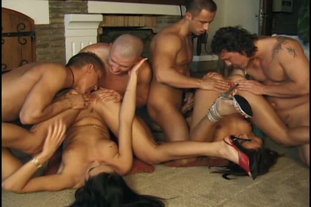 Slut-takes-turns-sucking-on-2-hard-cocks-in-gangdang