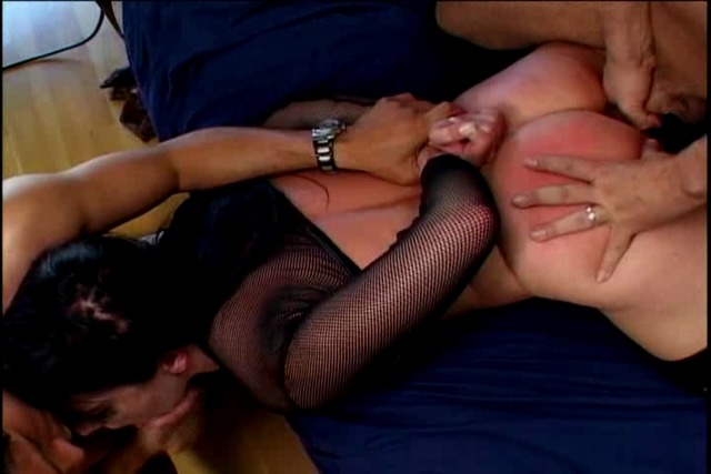 Blackhaired-slut-gets-a-brutal-lesson-in-taking-two-cocks