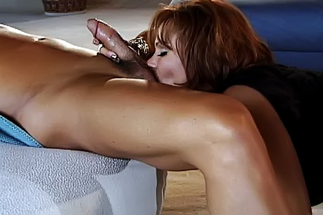 Shaved-pussy-cougar-gets-her-cunt-licked-and-stuffed-full-of-a-h