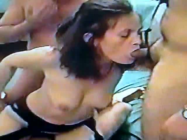AndreaSex-Enjoying-Three-Boys-in-Gang-Bang