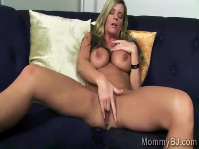 Blonde mommy loves to please cocks with her sweet mouth and big boobs