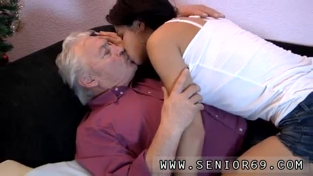 Old-arab-and-old-chick-full-length-Bruce-a-filthy-old-dude-likes