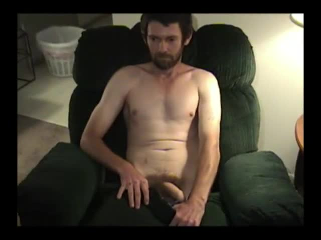 Mature-Amateur-Daniel-Jacking-Off