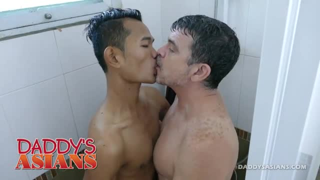 Daddy-and-Asian-Boy-Joshua-Shower-Fuck