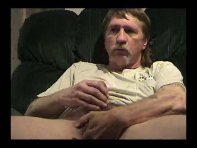 Mature-Amateur-Alan-Jacking-Off