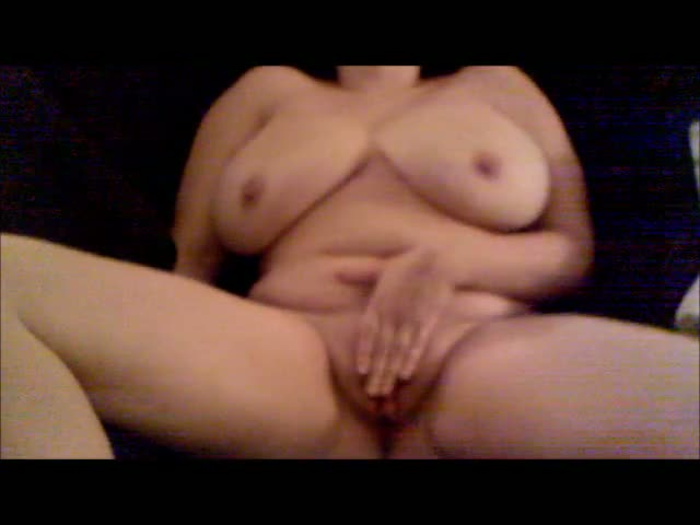 Pregnant-Wife-Cums-Hard-and-Squirts