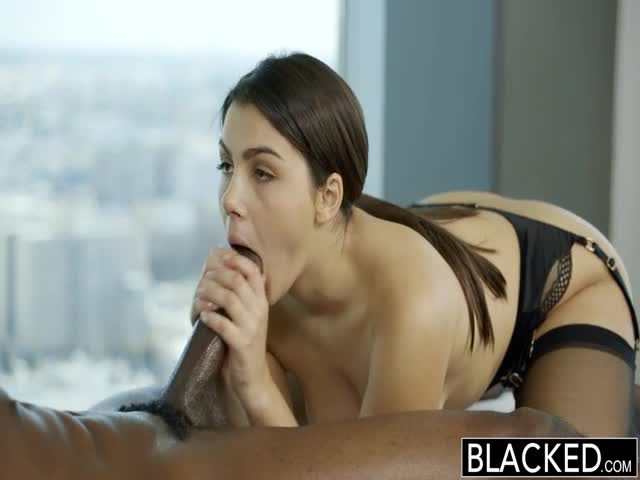 BLACKED-Sexy-Italian-Babe-Valentina-Nappi-Rimming-Black-Man-With
