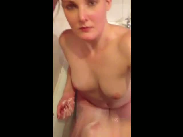 BRITISH-GIRLFRIEND-SOAPY-HANDJOB