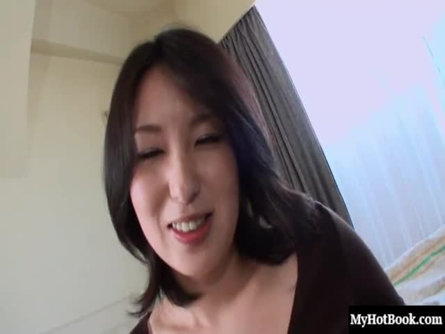 This-Asian-hottie-wants-your-dick-bad,she-cant-wait-