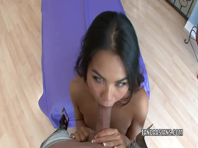 Asian-hottie-Cindy-Starfall-fucks-and-gets-a-creampie