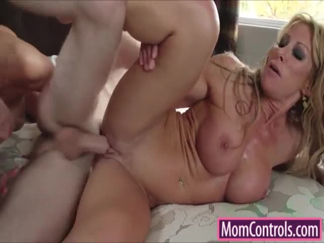 Two-big-tits-Milfs-fight-over-hard-shaft