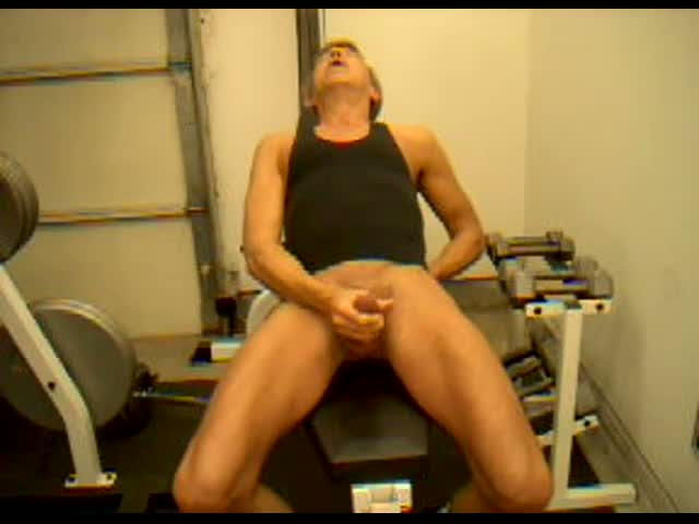 Trainer-Dick-Dodd-cock-cum-shot-demonstration
