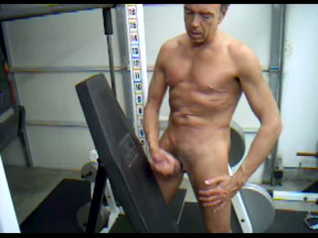 Trainer-Dick-Dodd-squirts-cum-at-weight-bench