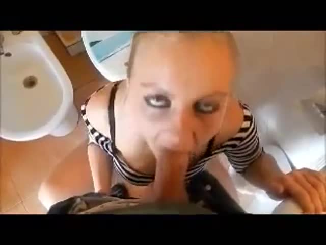 blond-horny-girl-assfuck-in-toilet