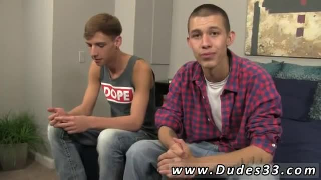 Hot-gay-mature-vs-twink-Jordan-and-Marco-commence-things-off-wit