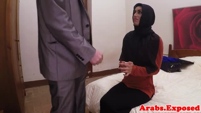 Big-booty-rimming-arab-amateur-riding-dick