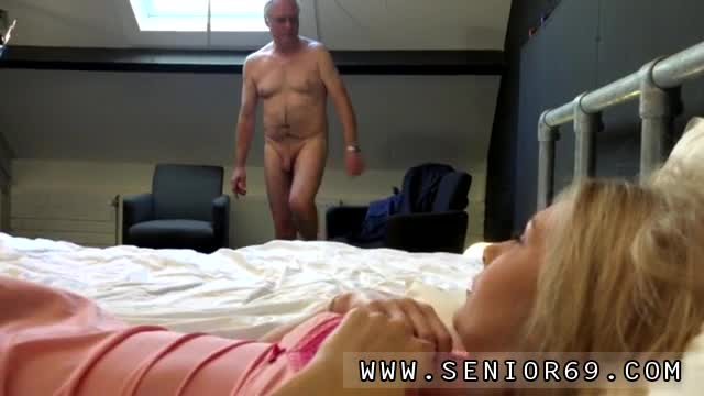Teen-big-tit-fuck-orgasm-first-time-Alice-is-horny,-but-Daniel-w