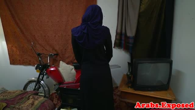 Chokeplay-arab-amateur-doggystyle-fuck