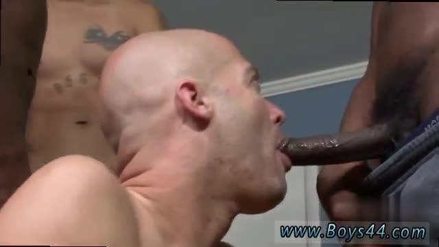 Blowjob-cumshot-close-up-gay-Michael-Madison-the-Bukkake-Rider!