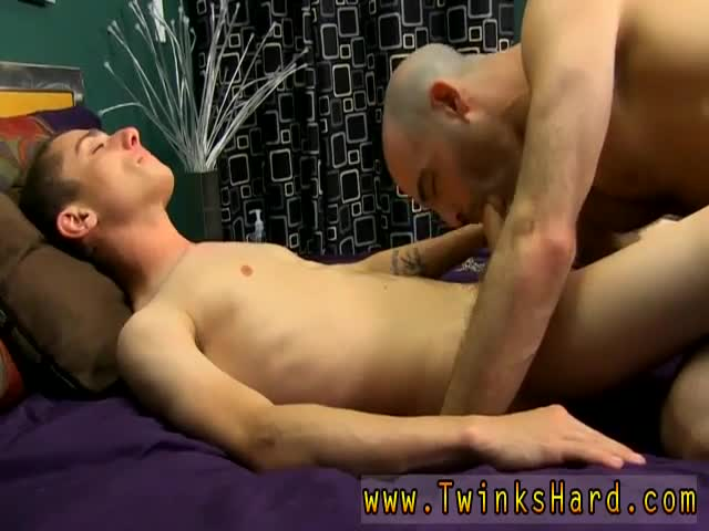Bisexual-husband-cum-eater-Luckily-Phillip-knows-just-how-to-tha
