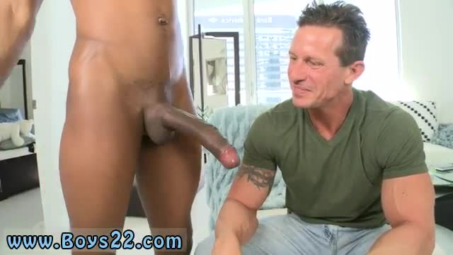 Young-flaccid-cocks-gay-monster-spear-bareback