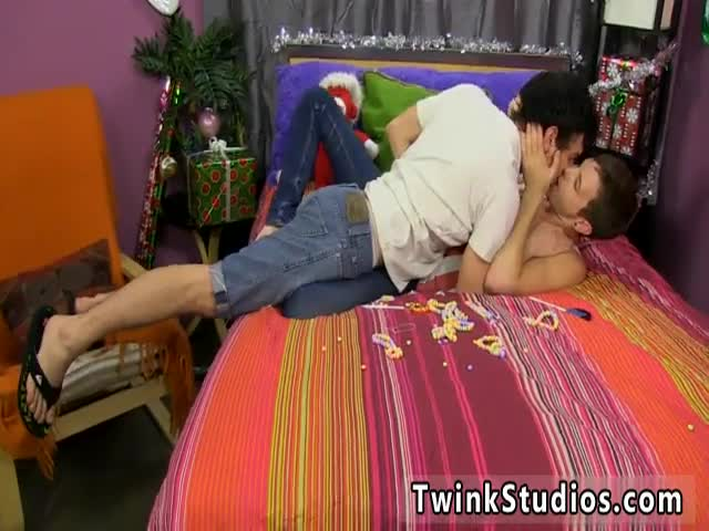 Gay-teen-sex-boy-oral-first-time-Ryan-Sharp-isn&-039-t-thrilled-