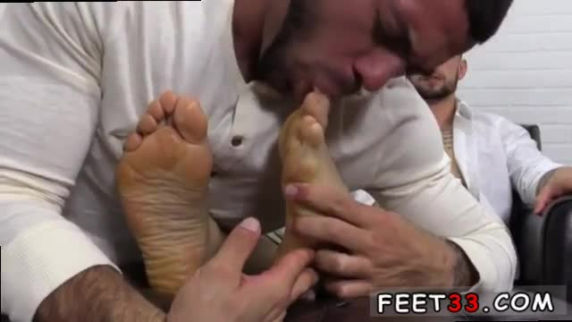 Gay-sex-movie-and-story-first-time-KC-s-New-Foot-&-Sock-Slave