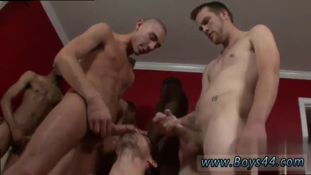 Male-gay-porn-wrestling-Keith-Hunter-hunts-for-boners-and-cum-