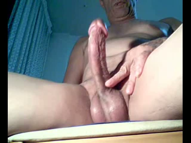 Slapping-the-dick-very-horny-that-delights..!!!