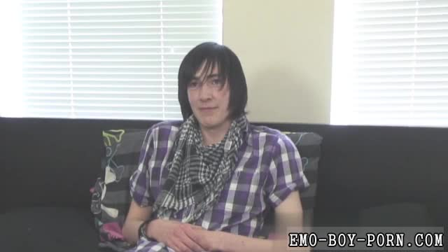 Free-gay-sex-tube-kissing-first-time-Adorable-emo-man-Andy-is-fr
